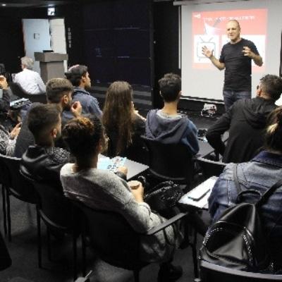 לימודי תקשורת : תכנית הלימודים לתואר ראשון