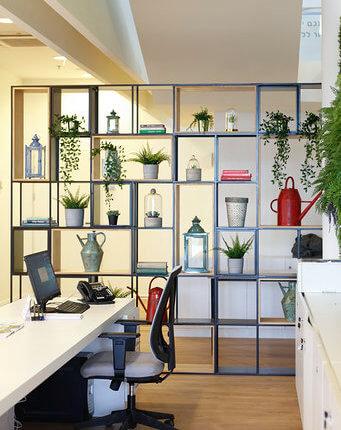 Yardena Desk